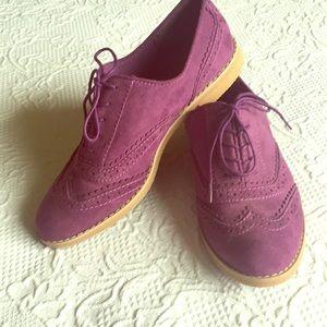 GAP Women's Oxford Style Purple Shoes